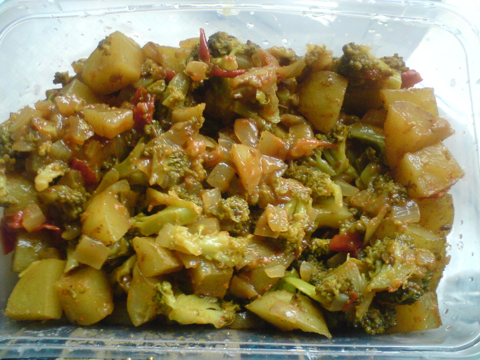 Broccoli And Aloo Curry picture