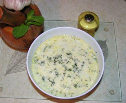 Cold cucumber soup picture