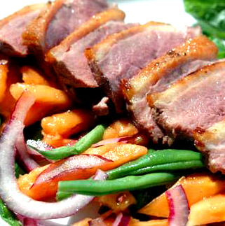 Duck with Papaya and Green Beans picture