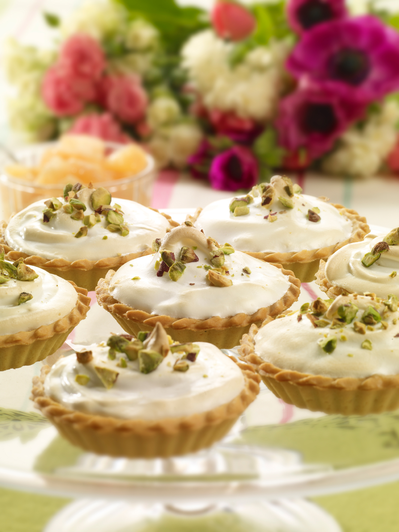 Miniature grapefruit meringue pies picture