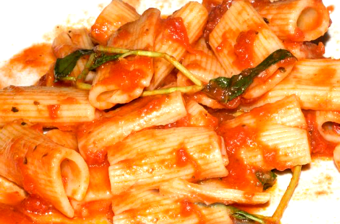 Rigatoni and Tomatoes picture