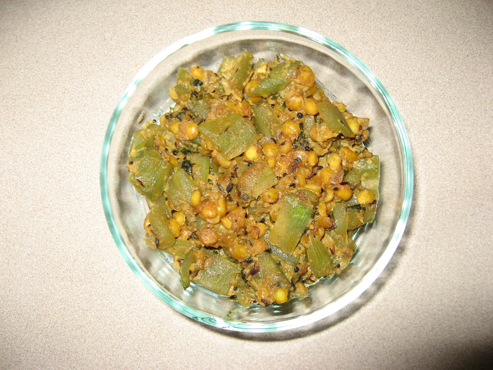Snake Gourd With Chana Dal Curry picture