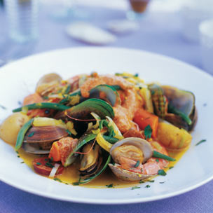 Spanish-Style Steamed Shellfish picture