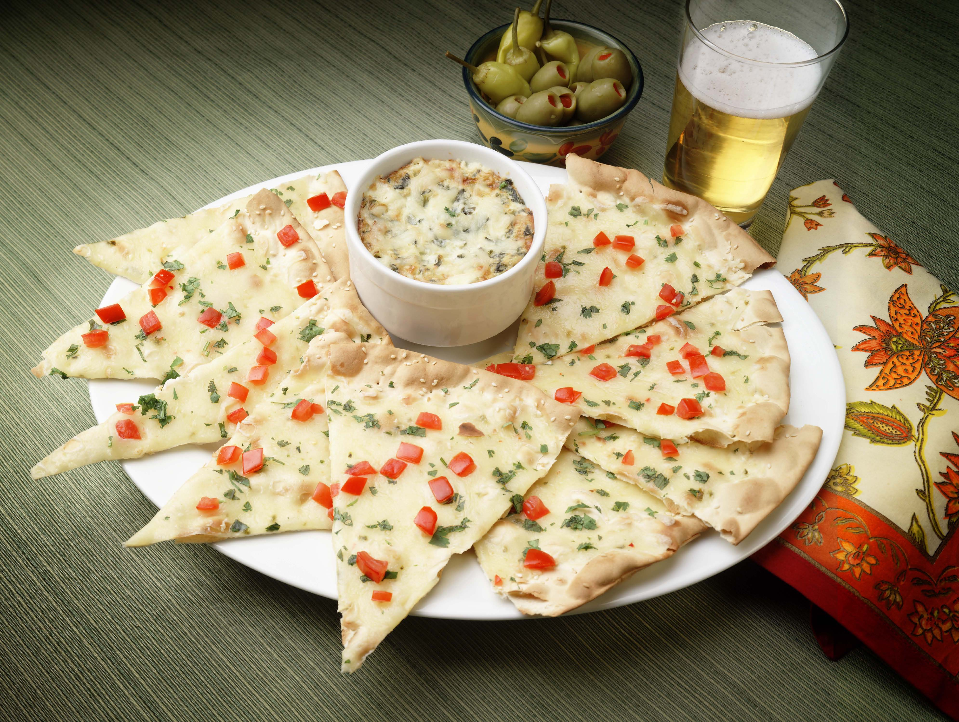Hot Spinach and Artichoke Dip with Valley Lahvosh™ Crackerbread picture