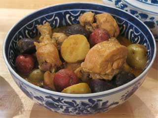 Yellow Chicken Curry (Gang Garee Gai) picture