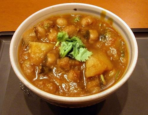 Aloo Chole picture