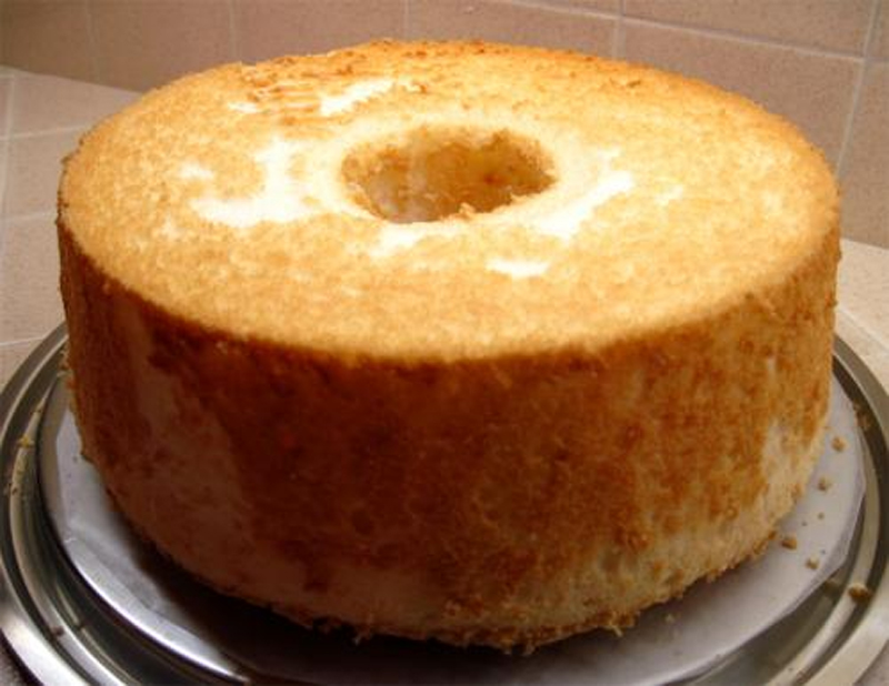 Heavenly Angel Food Cake picture