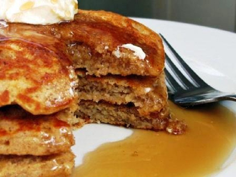 Apple Cinnamon Oatmeal Pancakes picture