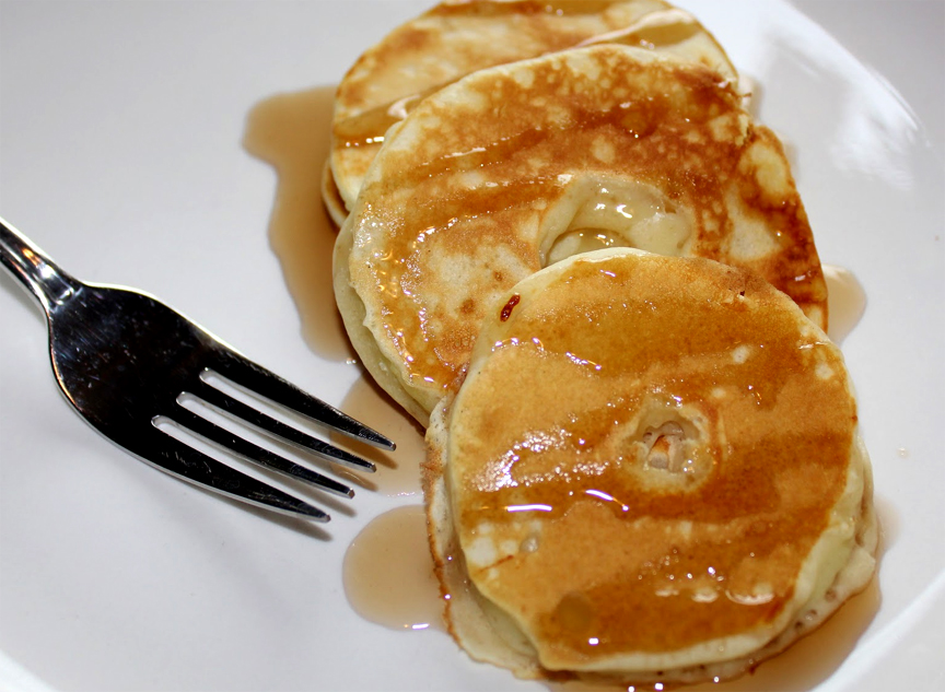 Apple Currant Pancakes picture