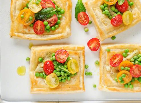 Artichoke and Feta Tarts with Tomato Salad picture
