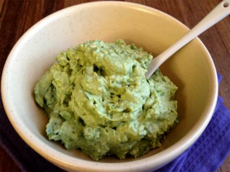 Avocado With Tahini Sauce picture