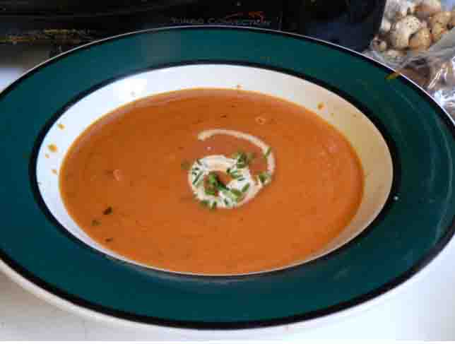 Awesome Chunky Tomato Soup picture