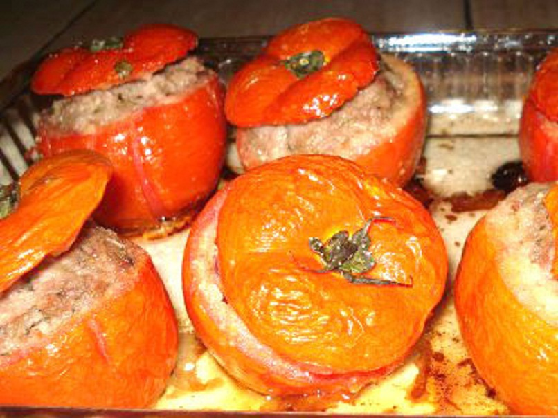 Baked Filled Tomatoes picture