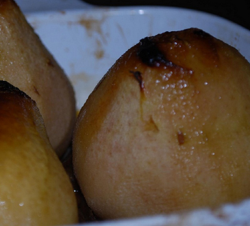 Baked Whole Pears with Raisin Nut Filling picture