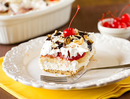 Strawberry Banana Split Cake picture