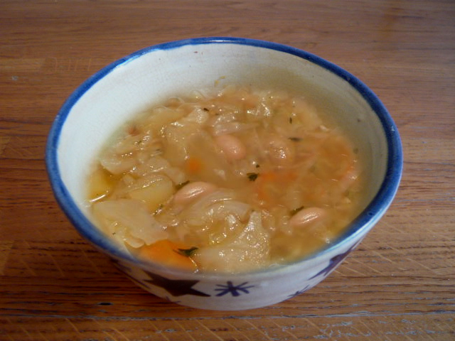 BEAN AND CABBAGE SOUP picture