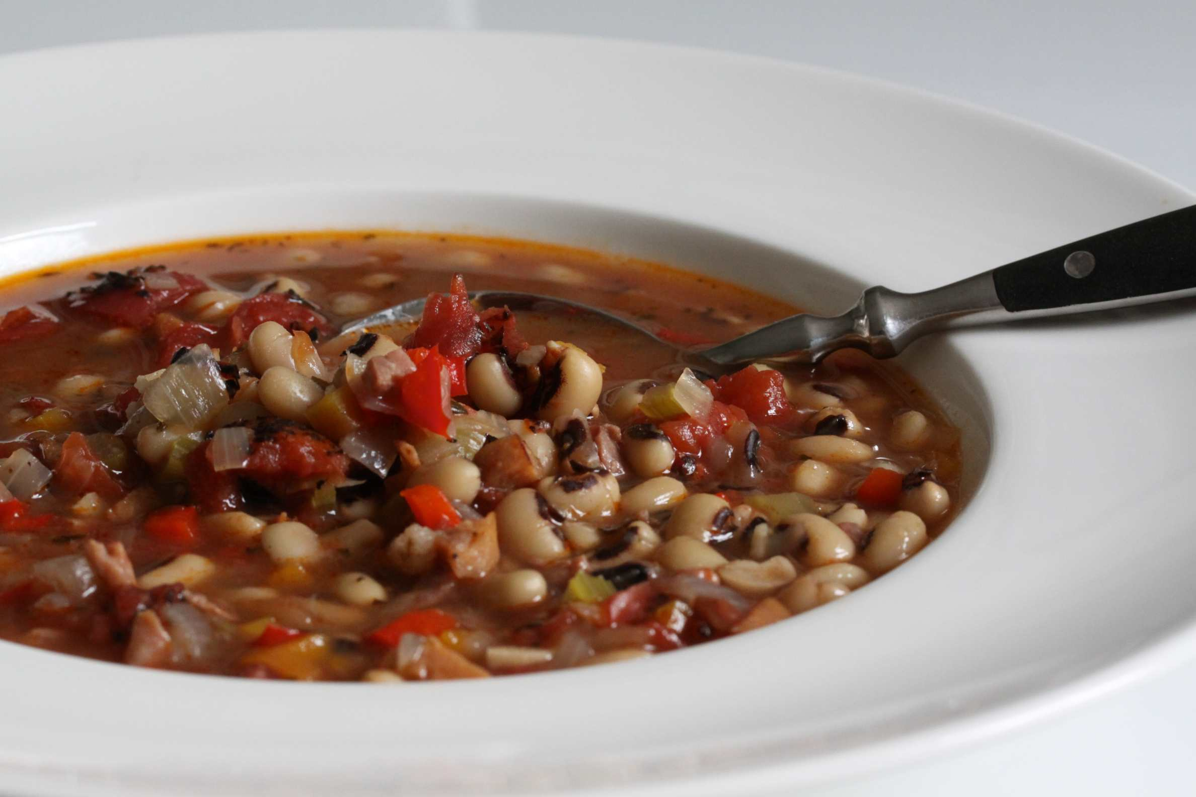 Savory Black-Eyed Peas with Bacon picture