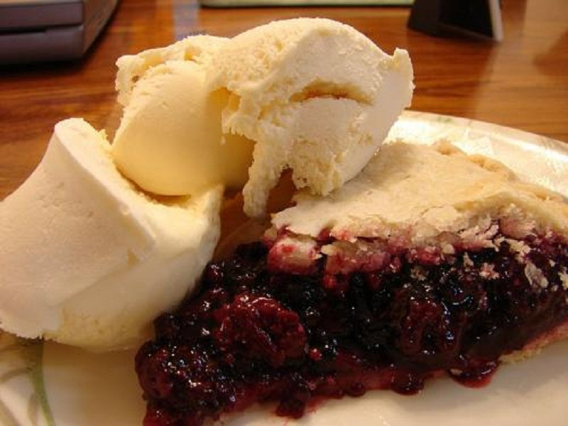 Blackberry Pie picture