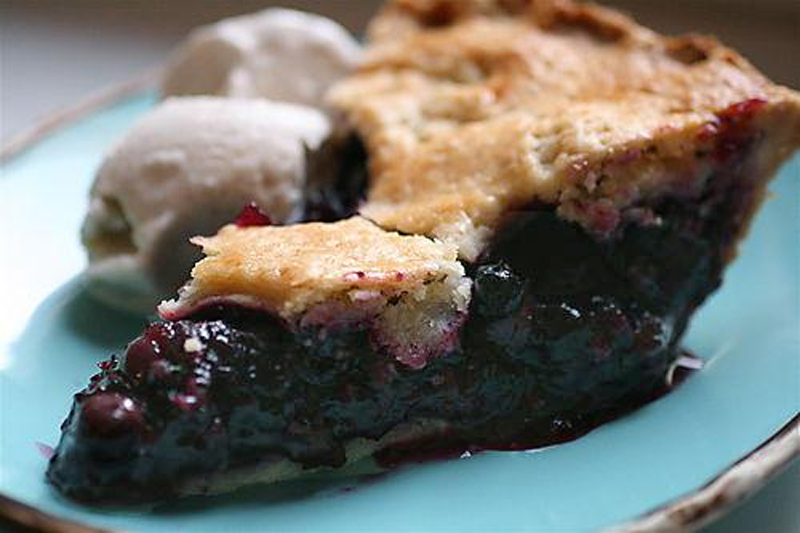 Delicious Blueberry pie picture