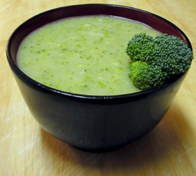 Broccoli Cheddar Cheese Soup picture
