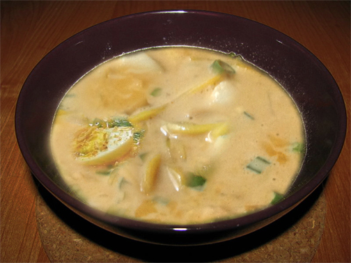 Burmese Khow Suey - Curry Noodle Soup picture
