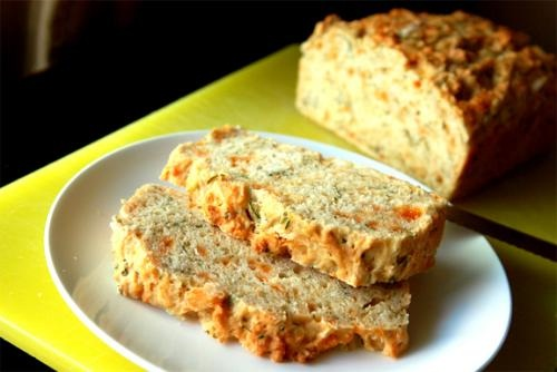 Cheddar Apple Bread picture