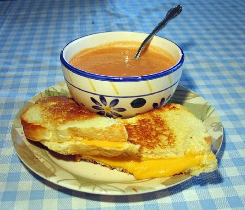 Cheese Soup With Beer picture