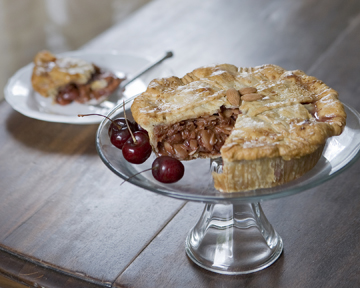 CHERRY ALMOND PIE picture