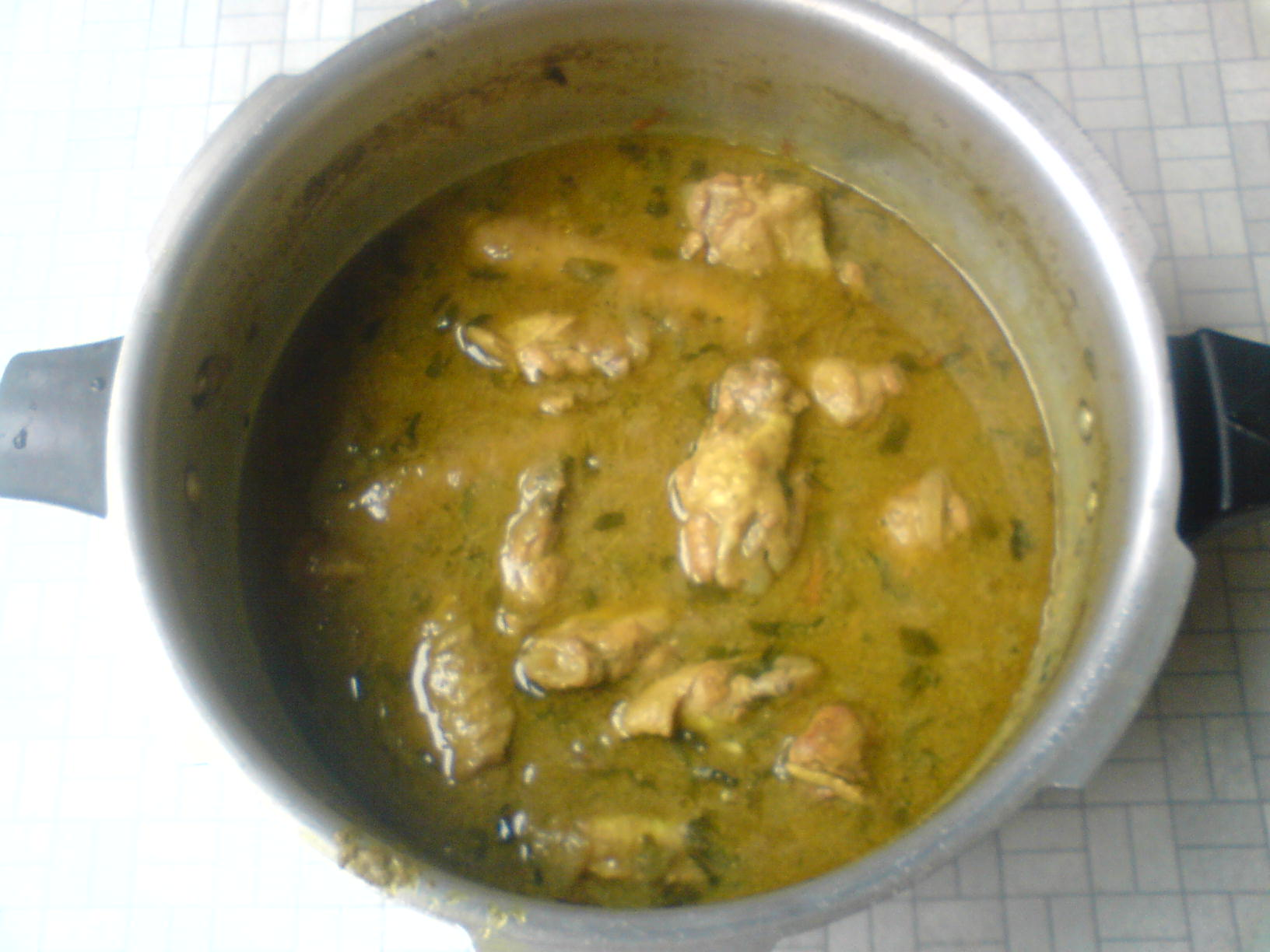 chicken wings and pork sausage curry picture