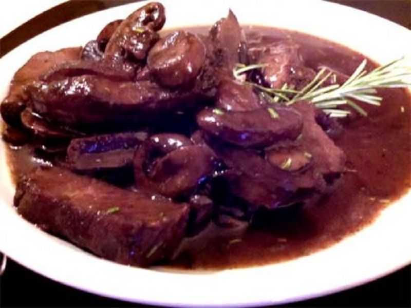 Chinese Beef with Mushrooms and Oyster Sauce picture