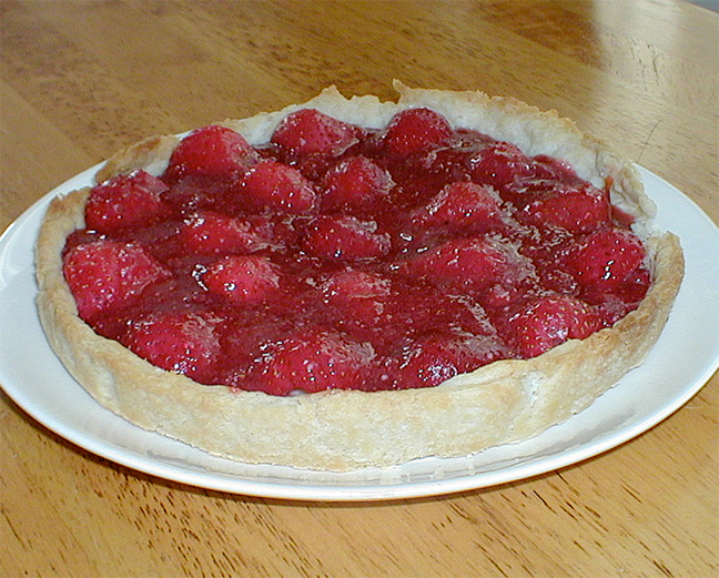 Cool Strawberry Pie picture