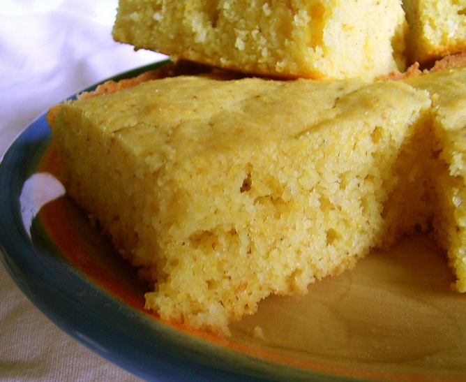 Simple Sour Cream Cornbread picture