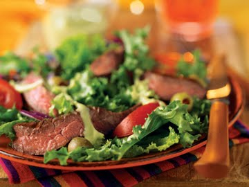 Grand Parisian Salad With Grilled Beef Sirloin picture