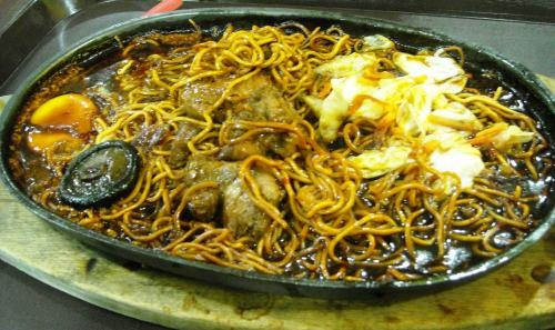 COUNTRY POT ROAST WITH NOODLES picture