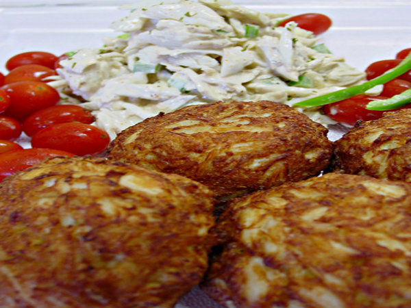 Crab Cakes Na Papai Hoopihapiha picture