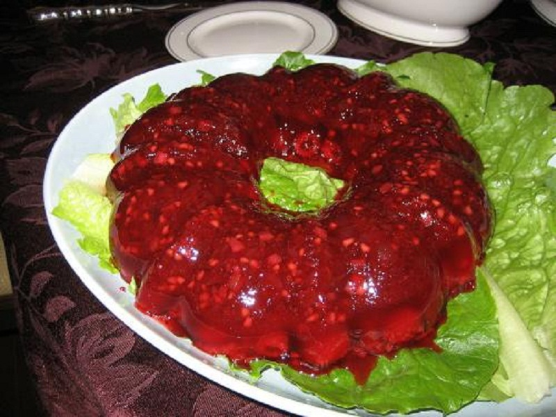 Cranberry Gelatin Mold picture