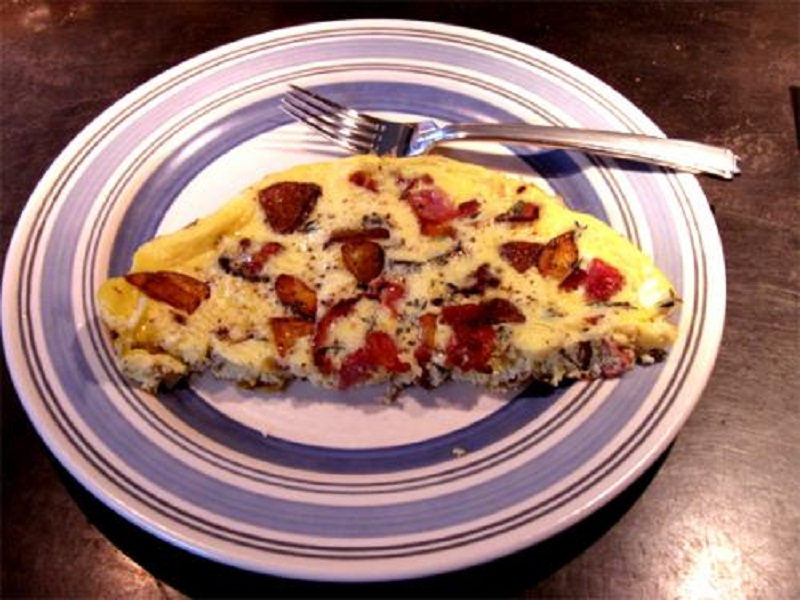 Cream Cheese And Tomato Omelette picture