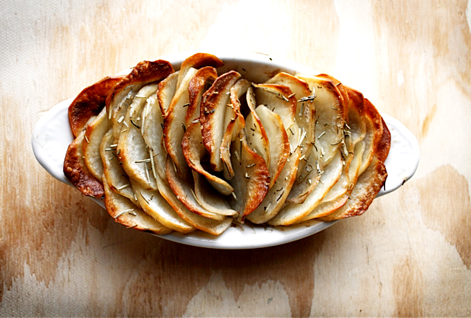 Crispy Baked Potatoes picture