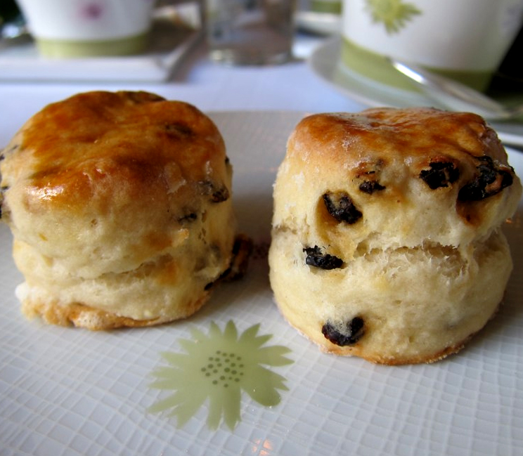 Currant Scones picture