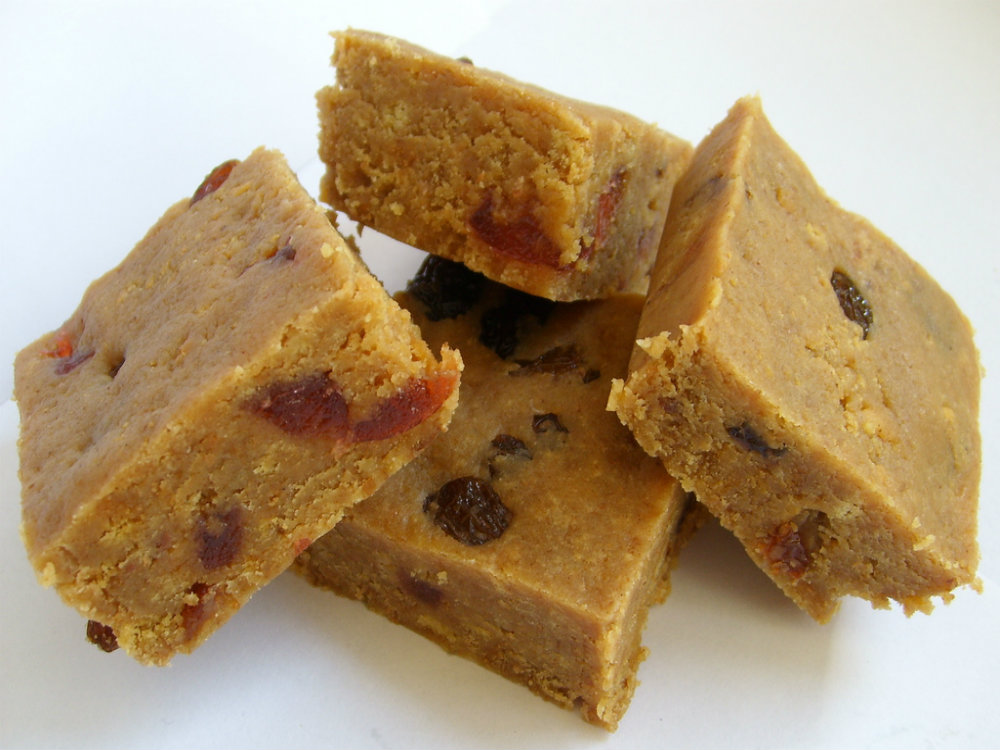 Date And Raisin Squares picture