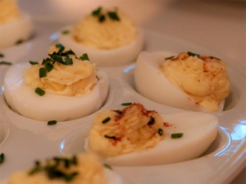 Deviled Eggs With Blue Cheese picture
