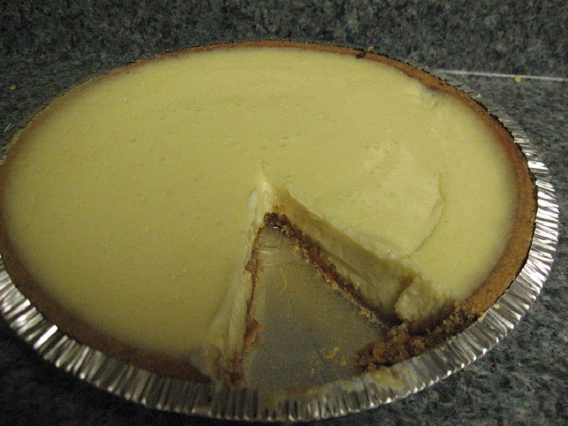 Easy Lemon Cheesecake picture