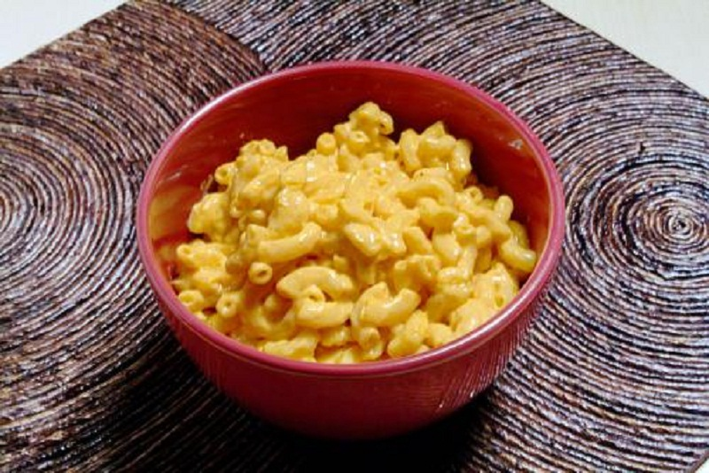 Easy Macaroni And Cheese picture