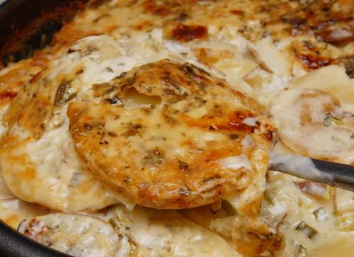 Easy Scalloped Potatoes picture