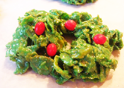 Edible Holiday Cornflake Wreaths picture