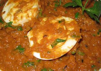 tomato-egg curry by nisha picture