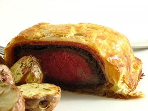 Fillet Steak en Croute picture