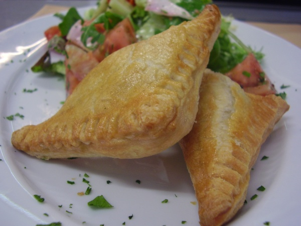 Chicken in puff pastry picture