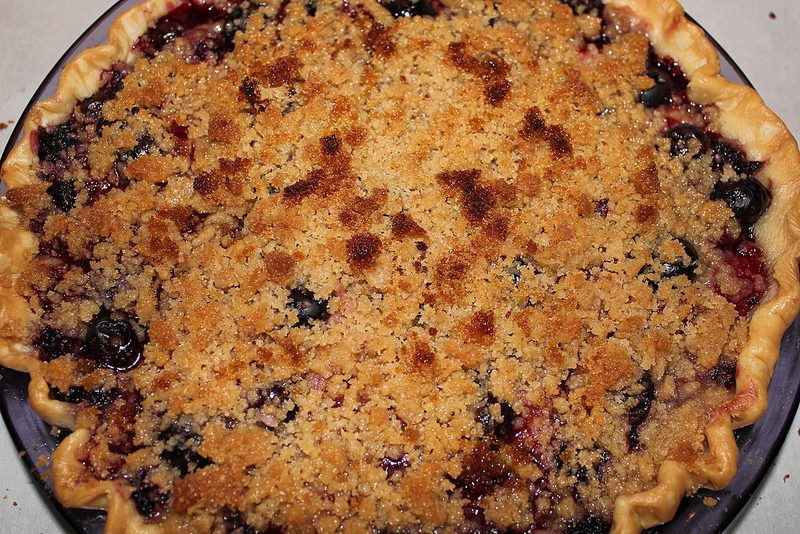 Fresh Berry Pie picture