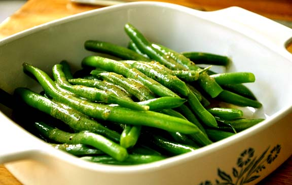 Green Beans With Hot Vinaigrette picture
